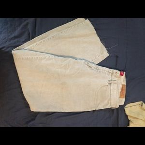 Levi's chords. Loose fit 34/32